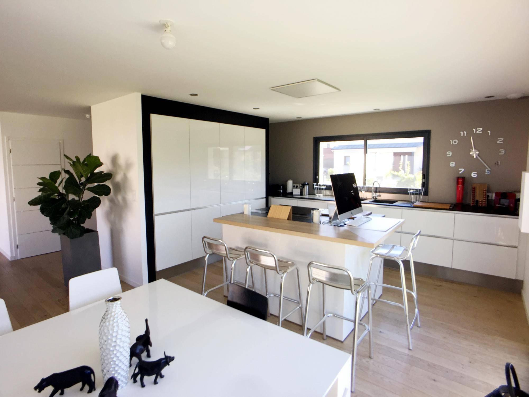 A Vendre En Exclusivite Une Grande Maison Contemporaine T7 F7 6 Chambres Situee A Isneauville 76230 Monceau Immobilier