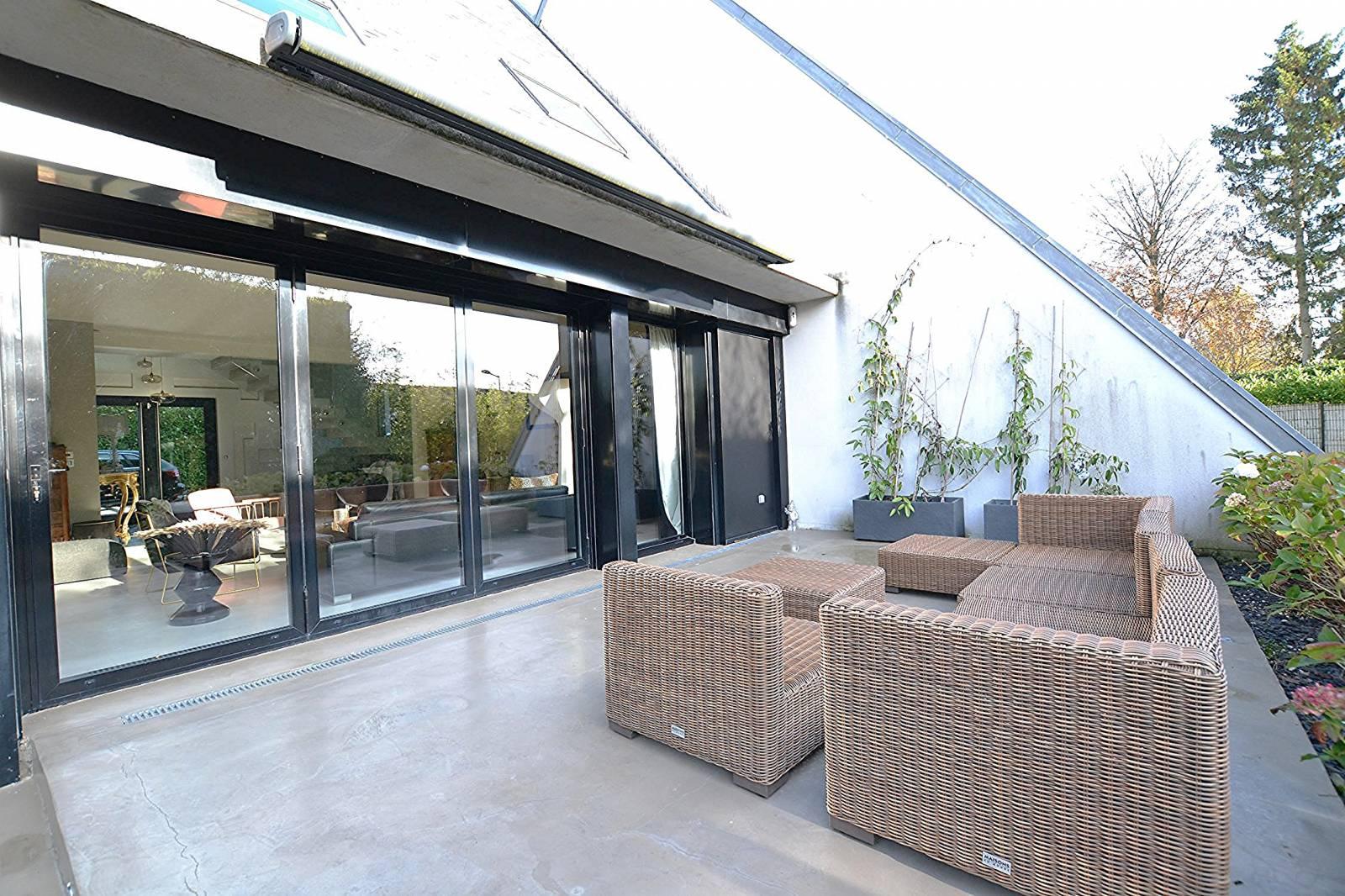 A vendre magnifique maison d'architecte avec piscine sur la commune de Bois Guillaume 76230 ...