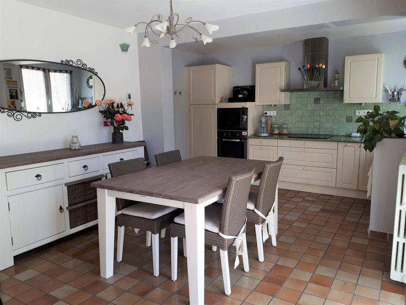 Appartement moderne F3 avec cuisine ouverte à vendre Le ...